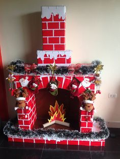 icu ~ How To DIY A Christmas Fireplace From Cardboards Easy Christmas Crafts, Simple Christmas, Christmas Home, Christmas Projects, Christmas Ornaments, Christmas Snowman, Diy Christmas Fireplace, Chiminea, Christmas Decoration Crafts
