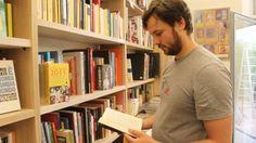 Festa di inaugurazione oggi in via Maggio di una nuova libreria della casa editrice