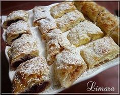 Need to translate recipe! Hungarian Strudel, filled with sour cherry or peach or cottage cheese or with anything tasty. Hungarian Cookies, Hungarian Desserts, Hungarian Cake, Hungarian Cuisine, European Cuisine, Ukrainian Recipes, Croatian Recipes, Hungarian Recipes, Hungarian Food
