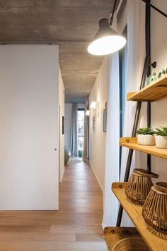 piso en barcelona Home Staging, Ikea, Home Projects, Oversized Mirror, Loft, House, Furniture, Home Decor, Marketing