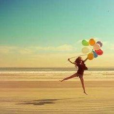 Yo Soy libre Nada puede contener la marcha de mis pensamientos Y ellos son la ley que gobierna mi destino