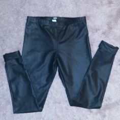 Vegan leather leggings BRAND NEW!! Thin material Cuffed at the bottom High waisted Fits tight, its a medium but they run small so if you're usually a small, this will fit you fine Pants Skinny