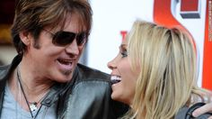 Celebrity News: Billy Ray Cyrus and wife to divorce after 19 years   AT2W