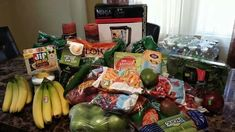 10 day green smoothie cleanse. Looks like this lady has a full kitchen. Time to make some green smoothies!!!