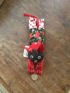 the cat's pyjamas! filled with rice and lavender - great as is or great for your neck aches - warm him up in the microwave for a few minutes and let the cat take your aches away! Fabric Scraps, Pyjamas, Christmas Stockings, Microwave, Euro, Stuff To Do, Lavender, Rice, Holiday Decor