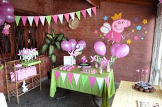 Peppa pig party decorations and ideas Pig Birthday Cakes, 3rd Birthday Parties, Birthday Party Decorations, 2nd Birthday, Peppa Pig Princesa, Cumple Peppa Pig, Aniversario Peppa Pig, Barbie, Peppa Pig Party Ideas