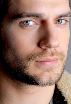 Henry Cavill Photo: This Photo was uploaded by ritibond. Find other Henry Cavill pictures and photos or upload your own with Photobucket free image and . Beautiful Eyes, Gorgeous Men, Pretty Men, Pretty People, Beautiful People, Henry Williams, Love Henry, Henry Caville, Clark Kent