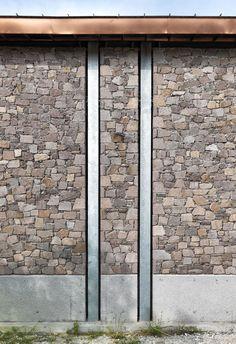 Angelos Organic Olive Oil Mill by Mimarlar ve Han Tümertekin Detail Architecture, Brick Architecture, Architecture Magazines, Contemporary Architecture, Landscape Architecture, Stone Facade, Stone Cladding, Roof Design, Exterior Design