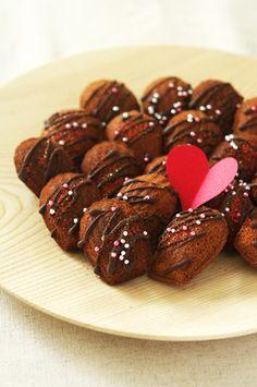 Chocolate Madeleine of Valentine Sausage, Beef, Chocolate, Food, Madeleine, Meat, Sausages, Essen, Chocolates