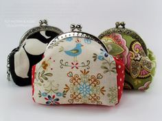 no 128 The Andrea Coin Purse PDF Pattern