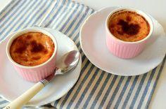Mutfağınızı mis gibi kavrulmuş un kokusuyla doldurmanın tam zamanı. Bursa'nın en sevilen tatlılarından süt helvası tarifini deneyelim hadi.