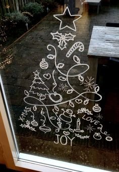 Raamtekening Kerst Kerstboom Kalkstift Christmas Doodles, Diy Christmas Cards, Homemade Christmas, Christmas Holidays, Christmas Crafts, Winter Window Display, Christmas Paintings On Canvas, Christmas Window Decorations, Christmas Chalkboard