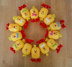 Ideas para el hogar: Corona de pascuas súper divertida para jugar con l...