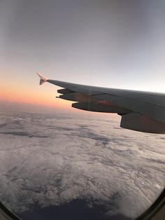 Wish I Was There, Before I Die, Airports, Airplanes, Airplane View, Traveling, Eyes, Places, Holiday