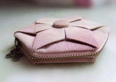 [转载]先染折花零钱包 origami (fabic folded) coin purse