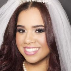 Do you want creative and professional wedding makeup? Check out Yoscary Taveras. She provides high-quality tattoo cover-ups and airbrush makeup application services. New York based airbrush makeup artist: click for reviews and photos!