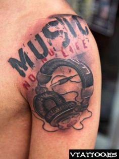 headphones tattoos - Google Search Music Tattoos, Girl Tattoos, Tatoos, Dj Tattoo, Headphones Tattoo, Computer Headphones, Cool Tats, Tattoo Inspiration, Tatting