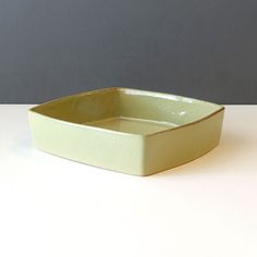 21-099-ballard-tray-pale-green Burlington Vermont, Ceramic Decor, Fine Porcelain, Serving Dishes, Tray, Pottery, Ceramics, Tableware, Green