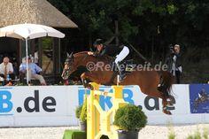 Der Große Preis von Groß Viegeln - DKB Pferdewochen - geht an Eva Bitter und Perigueux http://reiterzeit.de/turnierergebnisse-reitsport/pferdewochen-rostock/#2