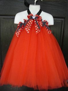 This is like the one I was telling you about that is a no-sew tutu dress