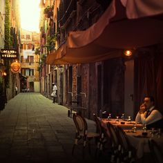 Sidewalk Cafe, Venice, Italy-How I miss wandering the side streets here Oh The Places You'll Go, Places To Travel, Beautiful World, Beautiful Places, Venice Photography, Vintage Photography, Amazing Photography, Sidewalk Cafe, Famous Castles