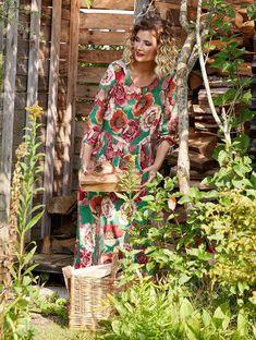 Nostalgia, Dresses With Sleeves, Long Sleeve, Design, Fashion, Moda, Sleeve Dresses, Long Dress Patterns, Fashion Styles