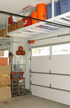 48 Gorgoeus Diy Garage Storage Organization Tips Ideas. As the temperatures are finally creeping up, it's time to take our Spring cleaning and organizing campaign outside… to the garage. Overhead Garage Storage, Garage Storage Solutions, Diy Garage Storage, Storage Hacks, Garage Organization, Organization Ideas, Storage Ideas, Organized Garage, Garage Shelving