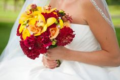 Elizabeth Wray Design located in Geneva,IL WOW! Look at those colors. This bouquet is fierce.