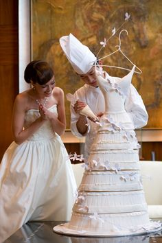 Gorgeous wedding dress cake <3