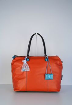 Gabs, working bag Gertrude, available @ Lutgarde Bags and More, Maastricht, this bag has been SOLD