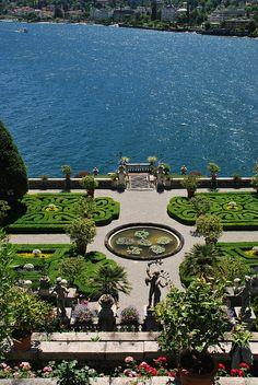 Giardino villa Borromeo - Isola Bella, Lake Maggiore, Piedmont, Italy