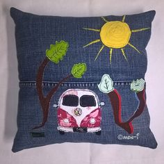 Upcycling-Unikat Throw Pillows, Jeans, Upcycled Crafts, Cushions, Decorative Pillows, Decor Pillows, Scatter Cushions, Denim Pants, Denim Jeans