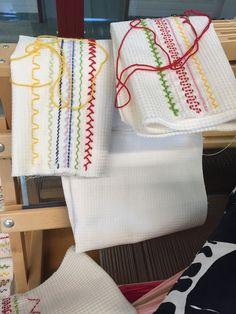 Vohvelipujotus, kuvia virikkeeksi | Punomo Kaisoo, Hand Embroidery, Sewing, Nostalgia, Diy, Coffee, Vintage, Hand Embroidery Art, Hipster Stuff