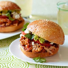 Slow Cooker - Pulled-Pork Cemita - with enchilada sauce
