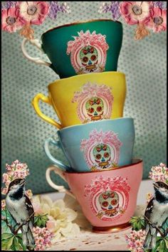 Tea time anyone! I brought some lovely cake! 4 very cute and cool Calavera skull tea cups in green, yellow, blue and pink. Kitsch, Skull Decor, Skull And Bones, Day Of The Dead, Cup And Saucer, Tea Time, Coffee Time, Tea Party, Tea Cups