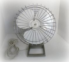 Vintage Kenmore Electric Fan. Sears  Model No.135.80082   Three Speed Industrial Office Desk Fan