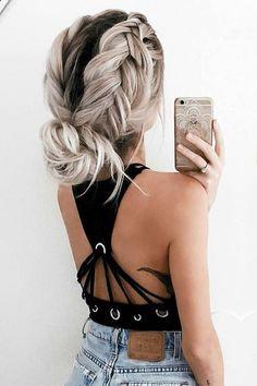 138 fantastiche immagini in Idee per capelli su Pinterest nel 2018 ... d6bf870a8f21