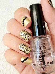 Last night before 2015 !! Bourjois Anniversaire 2006 Essence - Stampy polish Stamping plate Pueen n°26 Black Rhinestones from Born Pretty Store...