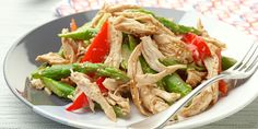 Chinese Chicken Salad recipe from Ina Garten via Food Network - Yum. and healthy! Fresh Salad Recipes, Chicken Salad Recipes, Healthy Salad Recipes, Salad Chicken, Recipe Chicken, Healthy Chicken, Raw Chicken, Chicken Tikka, Lime Chicken