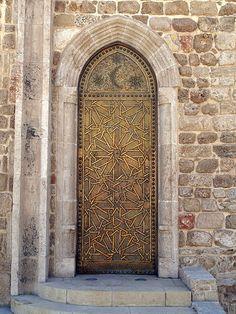 Door in Jaffa Old Port, Israel. I think you like doors right @Ann Flanigan Flanigan Flanigan Marie McAllaster?   ..rh