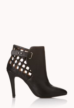 Womens shoes and boots | shop online | Forever 21 - 2000050455