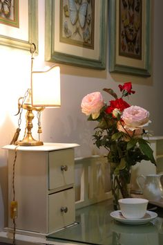 roses for guests in a room