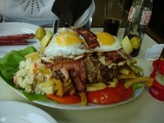 Chivito Uruguayo... on a plate...