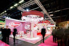 Reges Treiben auf der Messe in - Minis, Cologne, Sweets, Creative Ideas, Goodies, Candy, Treats, Miniatures, Postres