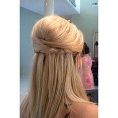 Αποκτήστε ένα εντυπωσιακό #νυφικο #χτενισμα στα #μαλλιά σας!  Για #ραντεβουομορφιας στο σπίτι σας στο τηλέφωνο  21 5505 0707 ! #γυναικα #myhomebeaute  #ομορφιά #καλλυντικά #καλλυντικα #μακιγιάζ #ραντεβου #ομορφια  #χτένισμα #μαλλια #ισια