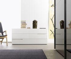 Traum in Weiß Matt - Livitalia Kommode Tacca - Design Kommode aus Italien - Wahlweise in 6 Farben Hochglanz oder Matt