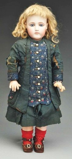 Lot: 56: Early Portrait Jumeau Doll., Lot Number: 0056, Starting Bid: $1,000, Auctioneer: Dan Morphy Auctions, Auction: APRIL 02 2011 MORPHY AUCTIONS DOLL SALE, Date: April 2nd, 2011 EDT
