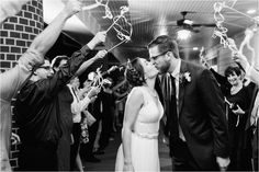 10 Best Candid Moments to Photograph on Your Wedding Day #weddingphotography #weddingplanning #groovingourmets #photography