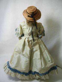 "French 12"" RARE Barrois Fashion Lady E 1 Depose B from Mary Merritt Doll Museum | eBay.  Back of dress"