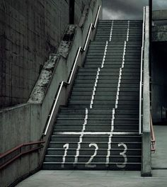 Guerrilla Marketing Stairs – Outdoor Ads and Street Art in Unusual Places Guerilla Marketing, Guerrilla Advertising, Sports Advertising, Clever Advertising, Sports Marketing, Street Marketing, Marketing And Advertising, Print Advertising, Advertising Campaign